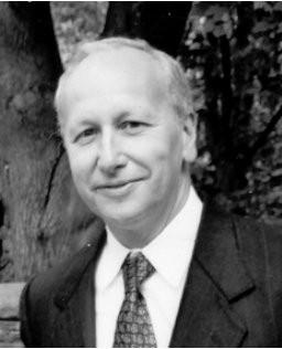 Luis Caffarelli receives 2018 Shaw Prize in Mathematics